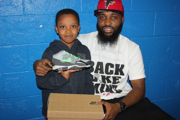 mula mayfield sneaker give away