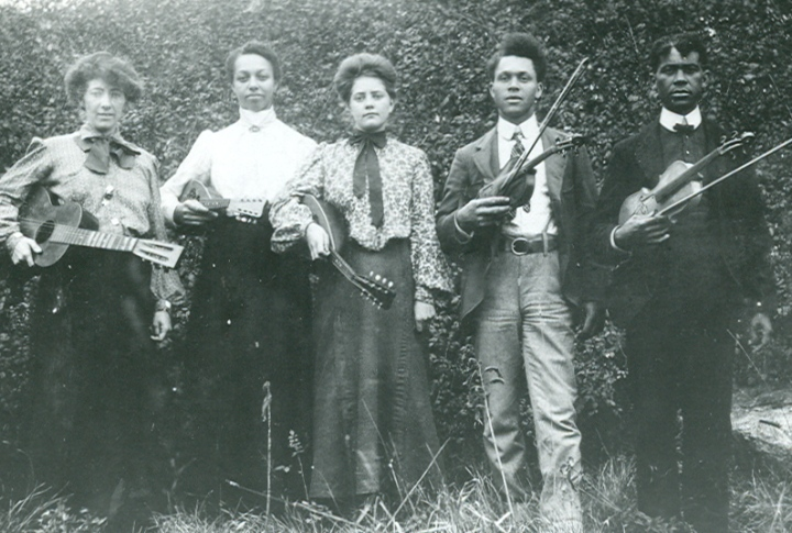 black stringband circa 1900